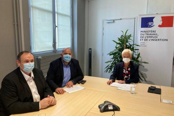 Plafond de financement : un décret valide la demande de l'UNEA