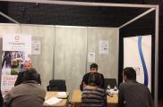 Salon emploi à Lyon : beaucoup de visiteurs sur le stand des entreprises adaptées